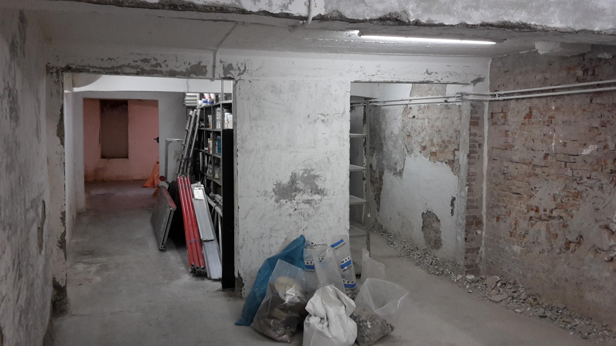 verbouwing transformatie woning den haag bouwbegeleiding architect tekenbureau bouwvergunning omgevingsvergunning begeleiding toezicht directievoering aannemer renovatie souterrain industrieel